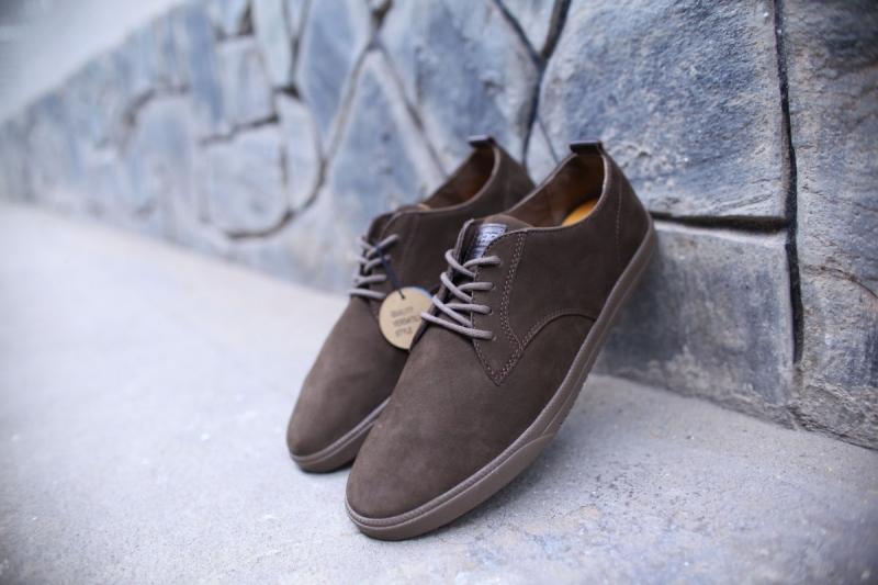Giày tây kiểu nam