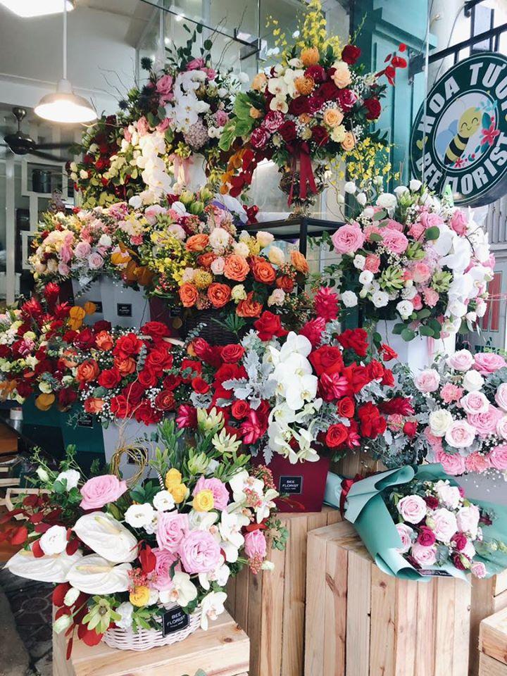 Nhiều mẫu hoa đặc sắc tại cửa hàng Bee Florist