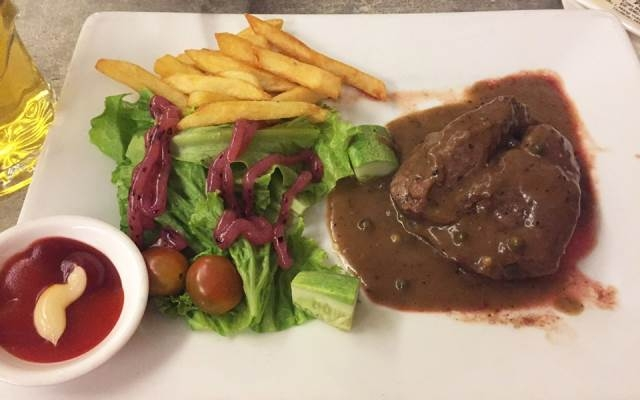 Hút mắt với món thịt bò ở Beefsteak Titi