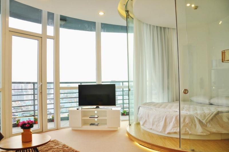 thiết kế tinh xảo, đẹp mắt, căn hộ gồm 3 phòng ngủ có gắn điều hòa giúp không khí luôn dễ chịu