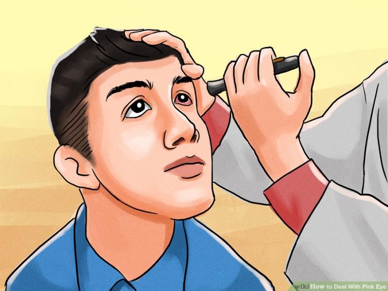 Khi bị đau mắt đỏ không nên tự điều trị mà nên đến bác sĩ