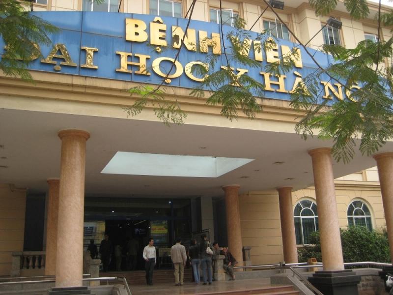 Bệnh viện Đại học Y Hà Nội vẫn giữ được vẻ cổ kính.