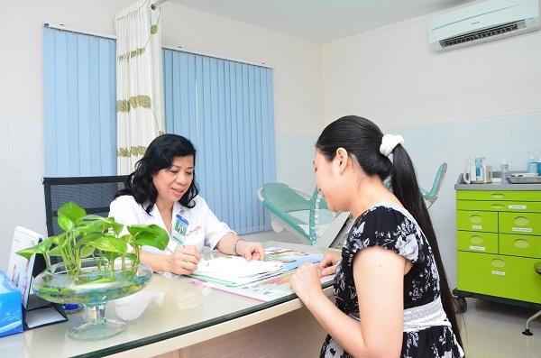 Đội ngũ y bác sỹ nổi tiếng với chuyên môn cao và nhiều kinh nghiệm