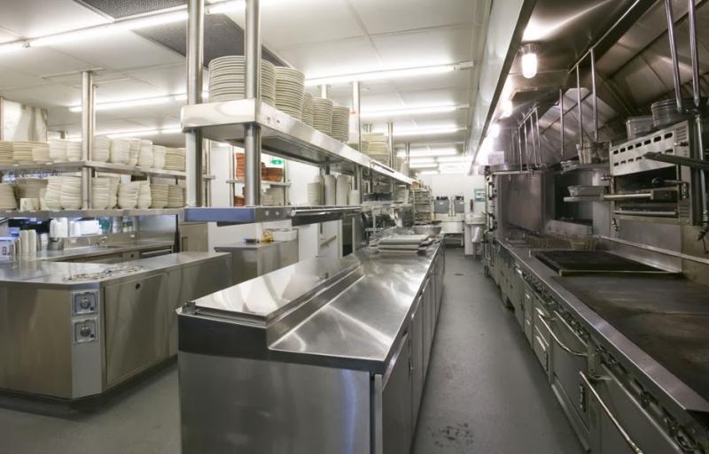 Bếp là nơi quan trọng nhất trong nhà hàng