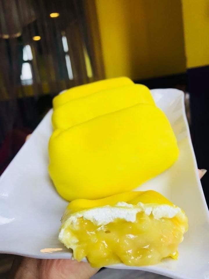 Nhìn bánh Crepe sầu riêng là muốn ăn rồi