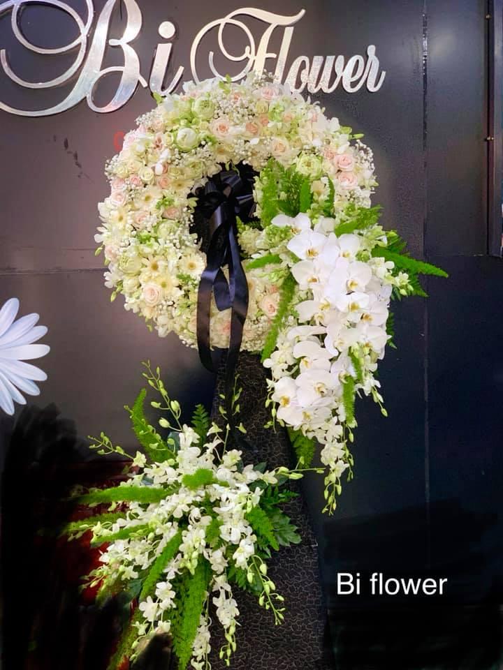 Hoa tang lễ của Bi Flowers