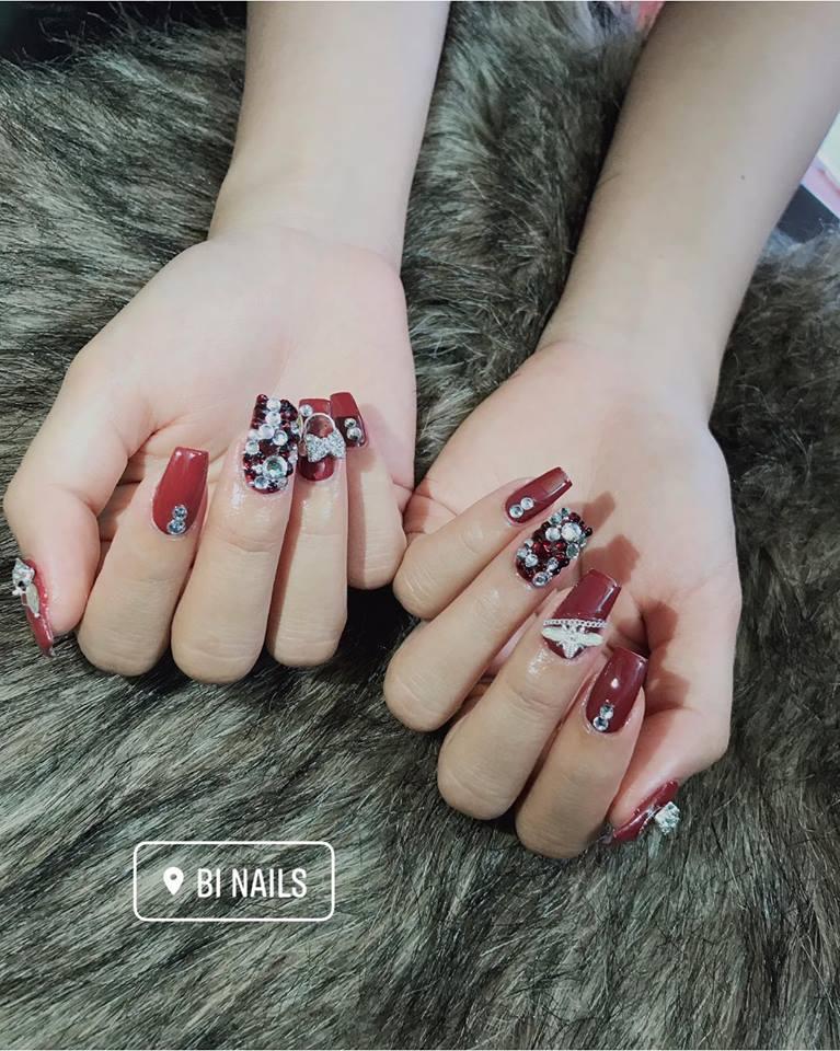 Bi Nail