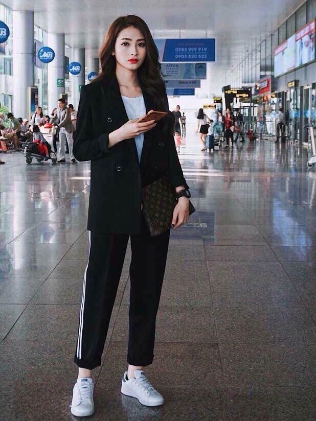 Trang phục thoải mái khi bay