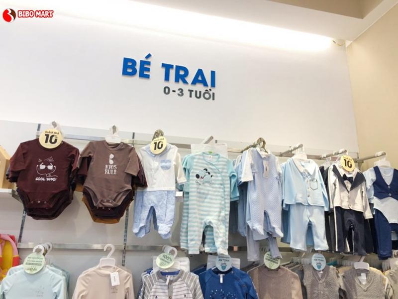 Bibo Mart cung cấp đa dạng các sản phẩm cho bé từ 0 đến 6 tuổi với các thương hiệu uy tín như: Combi, Chicco, Fisher-price, Farlin, Hipp, DrBrown.