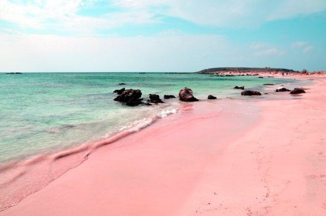 Đây chính là điểm đến được yêu thích của các cặp đôi muốn chụp ảnh cưới và là một trong những bãi biển đẹp nhất hành tinh.