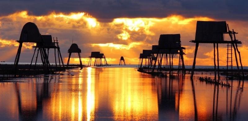 Vẻ đẹp thơ mộng của biển Đồng Châu