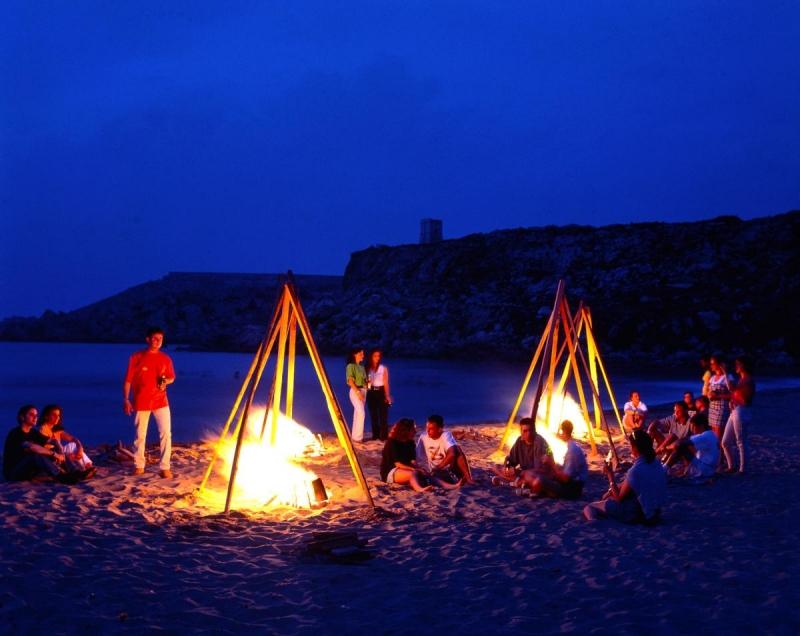 Lửa trại trên biển