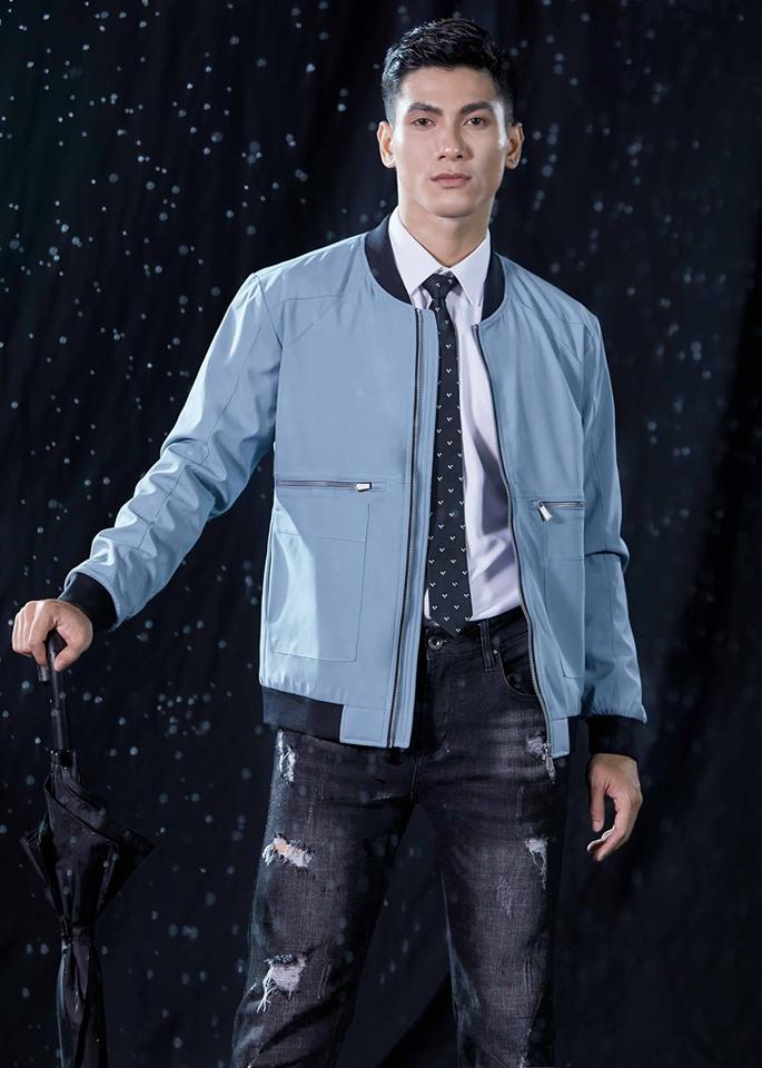 Bên cạnh các mẫu vest đẹp thì Biluxury còn mang đến khá nhiều các mẫu áo sơ mi. áo khoác da, áo thun tay dài, tay ngắn,... ''chất hết nấc'' để bạn trai tha hồ diện