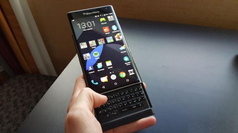 BlackBerry Priv, smartphone Android rất đáng mua vì thiết kế độc đáo