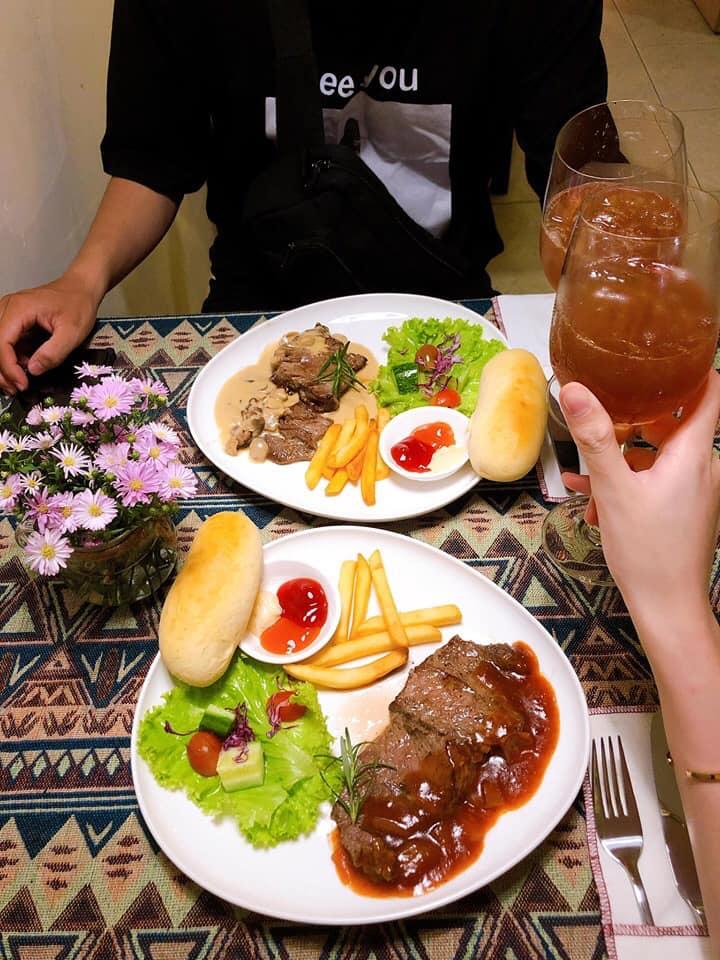 Món ăn tại  Bluebird – French Restaurant  ngon và hấp dẫn