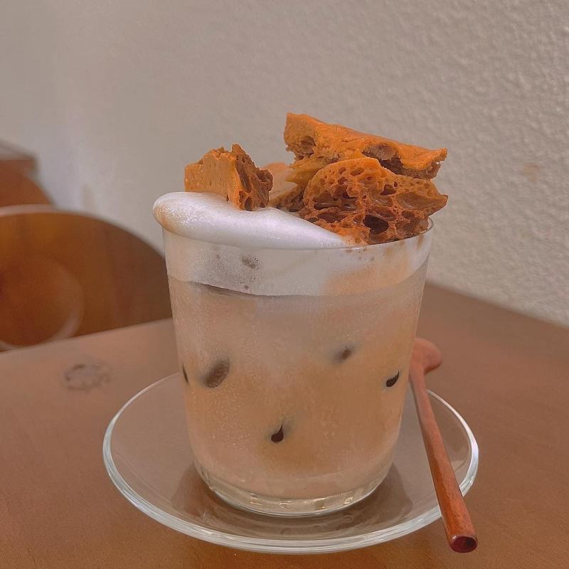 blu:m - café & more