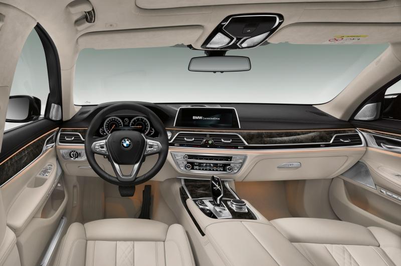 Nội thất cao cấp và xa xỉ bên trong BMW 750Li