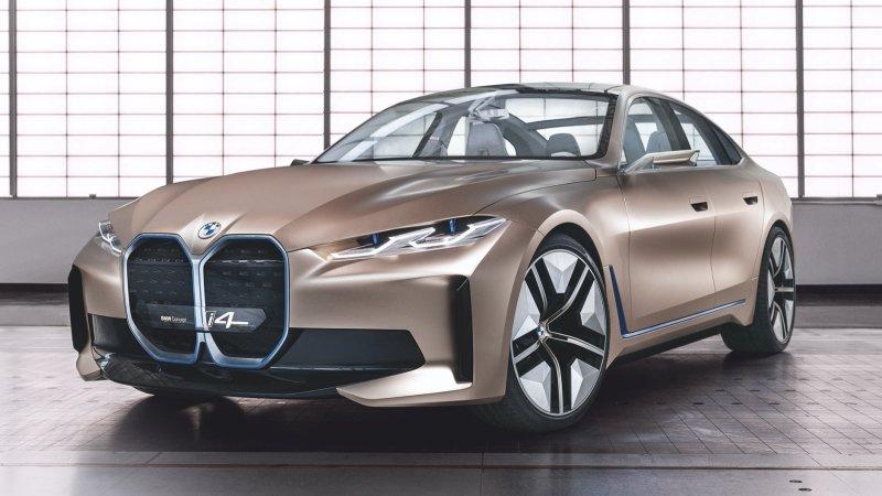 BMW i4 Gold