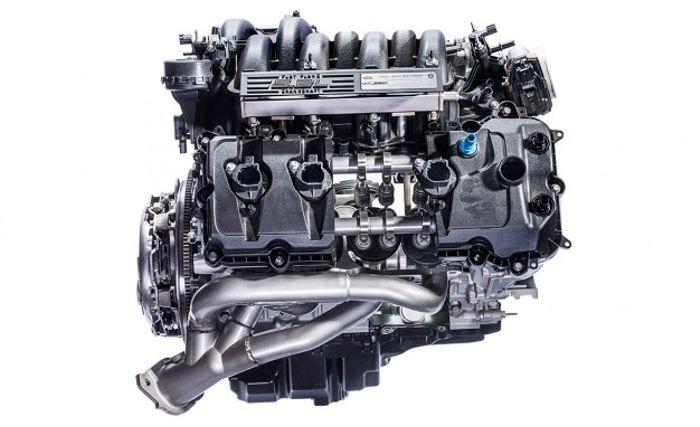 Động cơ tăng áp 2.0L 4 xi-lanh trong xe Volvo V60 Polestar