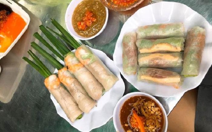 Nếu lần đầu bạn ăn bò bía Sài Gòn thì sẽ thấy hơi lạ, nhưng đã ăn rồi thì khó quên được hương vị lắm đấy