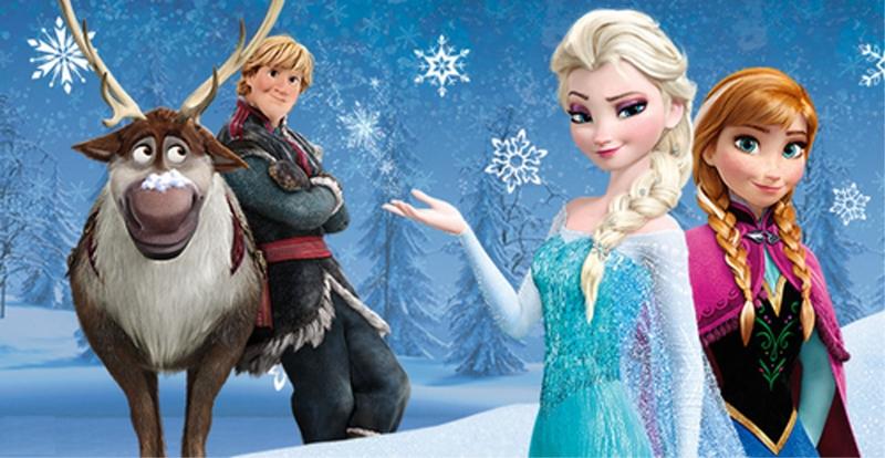 Bé thích Elsa hay Anna nhỉ?