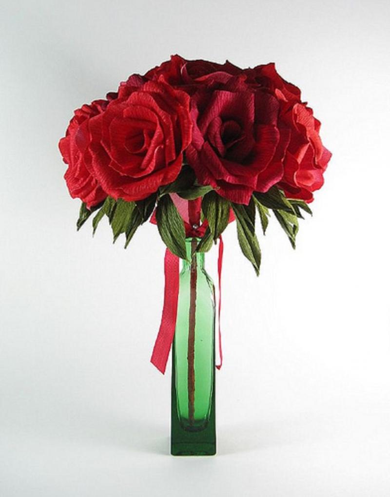Hoa hồng đỏ tràn ngập yêu thương