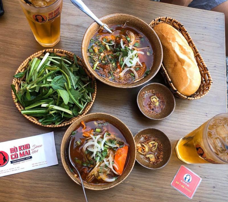 Chất lượng và hương vị của Bò kho Cô Mai luôn thơm ngon, được nấu theo truyền thống gia đình đảm bảo chiều lòng thực khách.