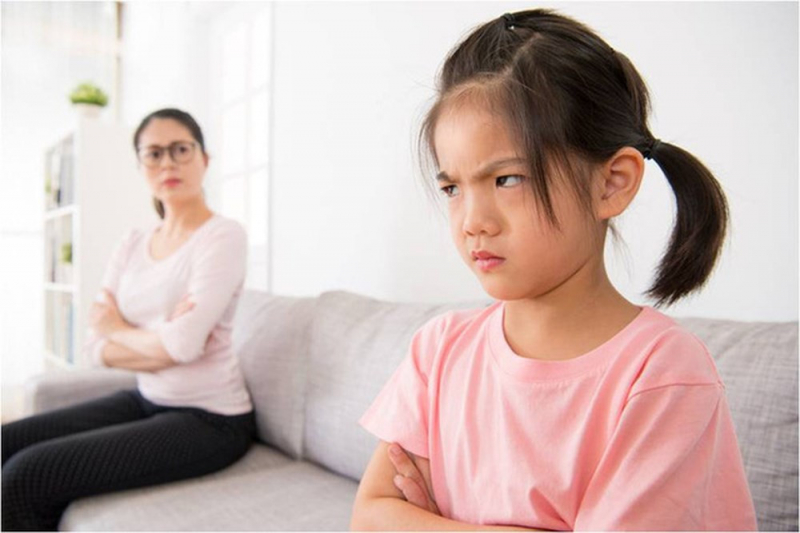 Bố mẹ đừng nên so sánh con mình với các bạn của chúng