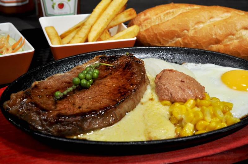Beefsteak- món ăn luôn được ưa chuộng ở Bò sinh đôi