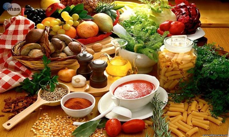 Thực đơn phong phú giàu dinh dưỡng giúp bé phát triển tốt