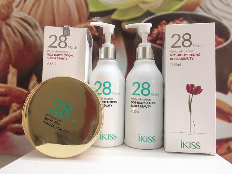 Bộ tắm trắng chuyên sâu 28- March của IKISS