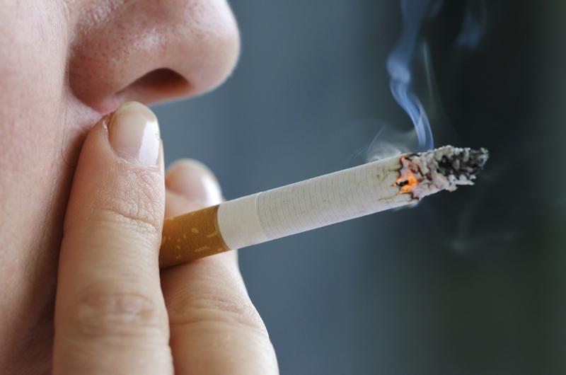 Hút thuốc lá vừa có hại cho sức khỏe, vừa làm giảm chỉ số IQ