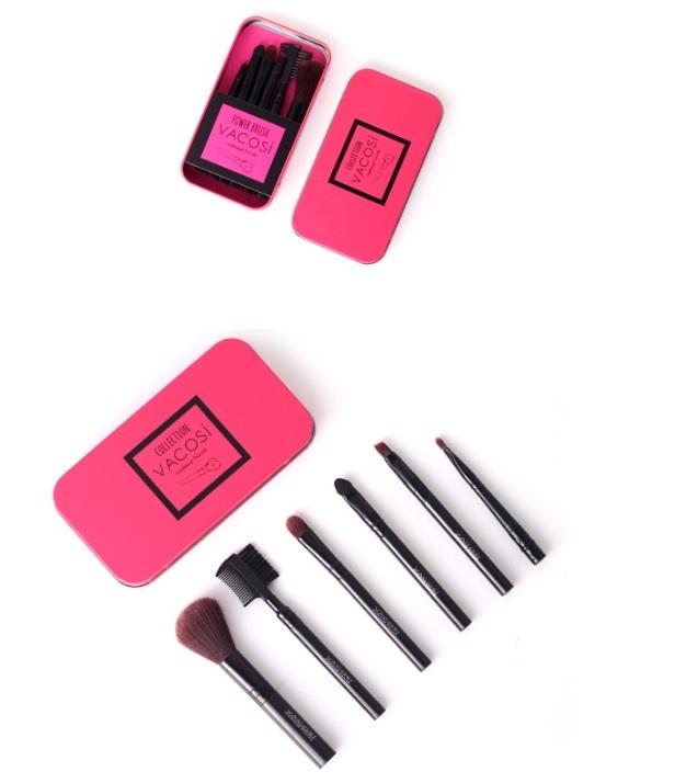 Bộ cọ trang điểm hộp sắt màu hồng Vacosi Collection Make Up House
