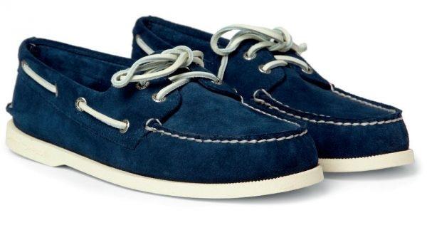 Đặc điểm nhận dạng của giày Boat chính là chi tiết dây giày ở phía trên và phần đế làm từ cao su chống trơn