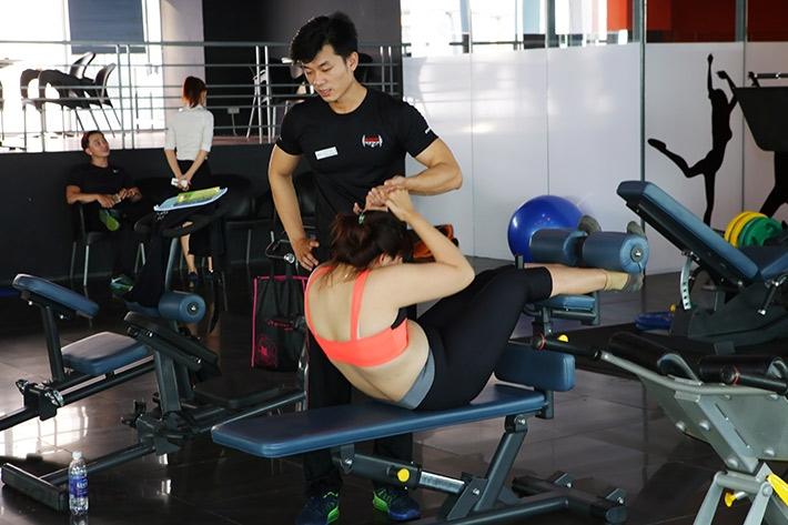 Tập luyện cùng HLV tại Bodyfit