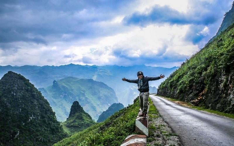 Khung cảnh hùng vĩ của núi non kiến bao người phải trầm trồ
