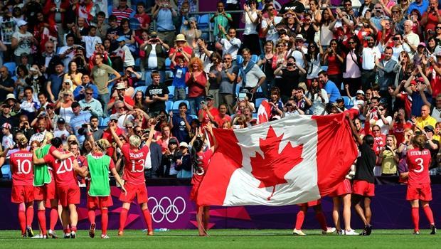 Bóng đá là môn thể thao phổ biến thứ 3 tại Canada