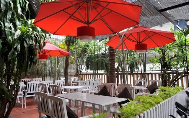 Nhà hàng Bonjour Resto