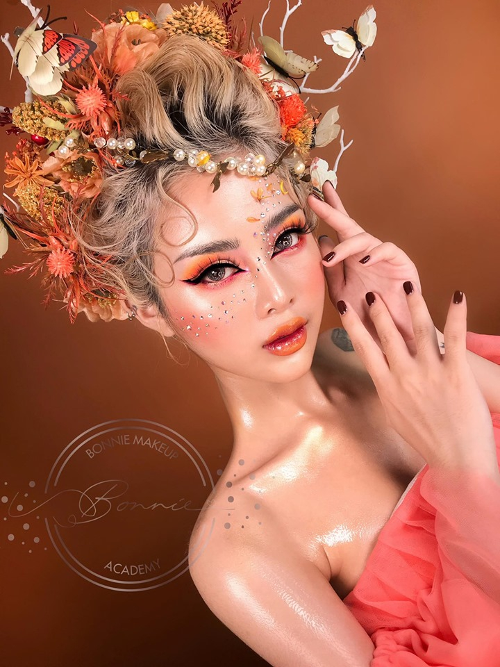 Bonnie Makeup - Academy