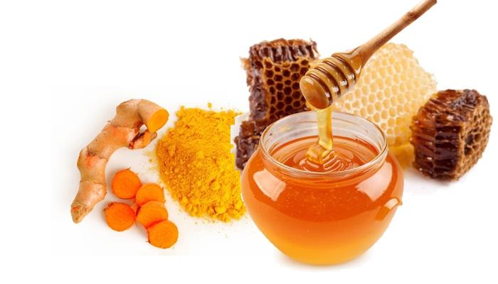 Trong mật ong có tính kháng khuẩn và chống viêm nên bạn hoàn toàn yên tâm khi sử dụng em ấy là công cụ tẩy lông cho mình nhé.