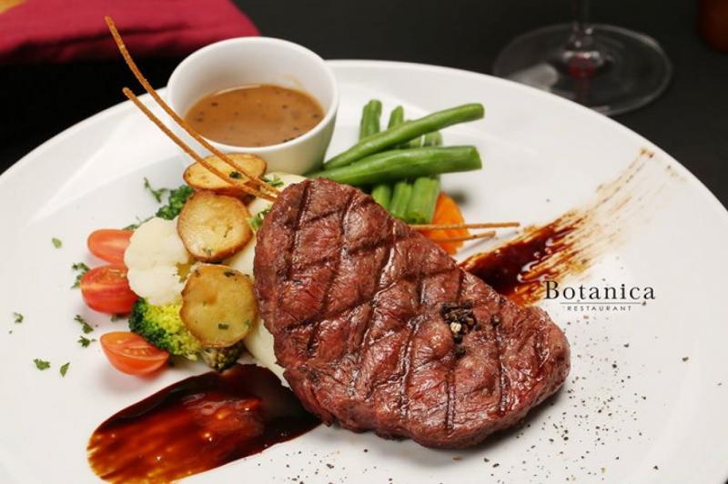 Botanica Restaurant được biết đến với những món ngon đặc sắc đến từ châu Âu