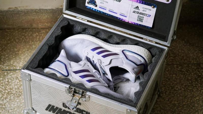 Bounty Sneakers