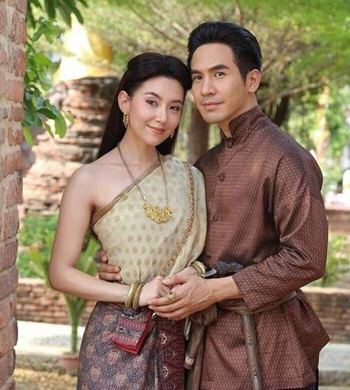Bpoop phaeh saniwaat (Love destiny) – Ngược dòng thời gian để yêu anh