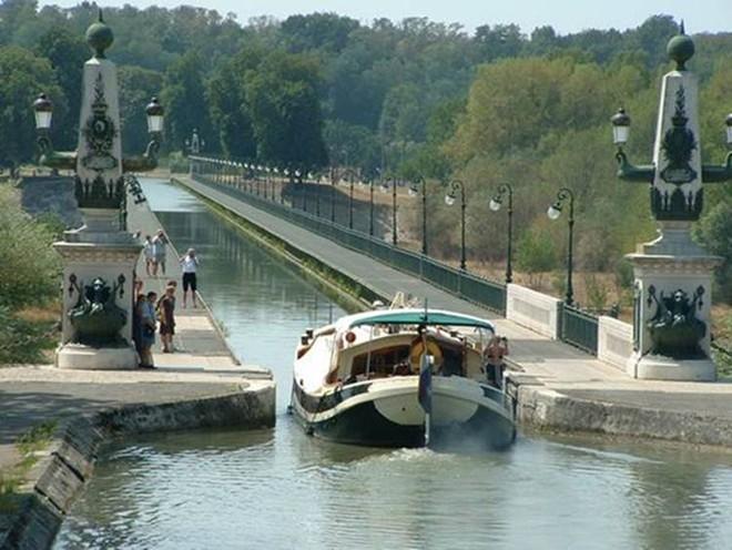 Briare (Pháp)