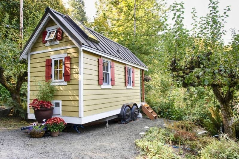 Bright & Cozy Tiny House