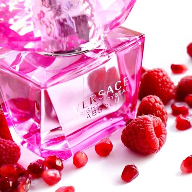 Top 9 Sản phẩm nước hoa nữ Versace được yêu thích nhất hiện nay