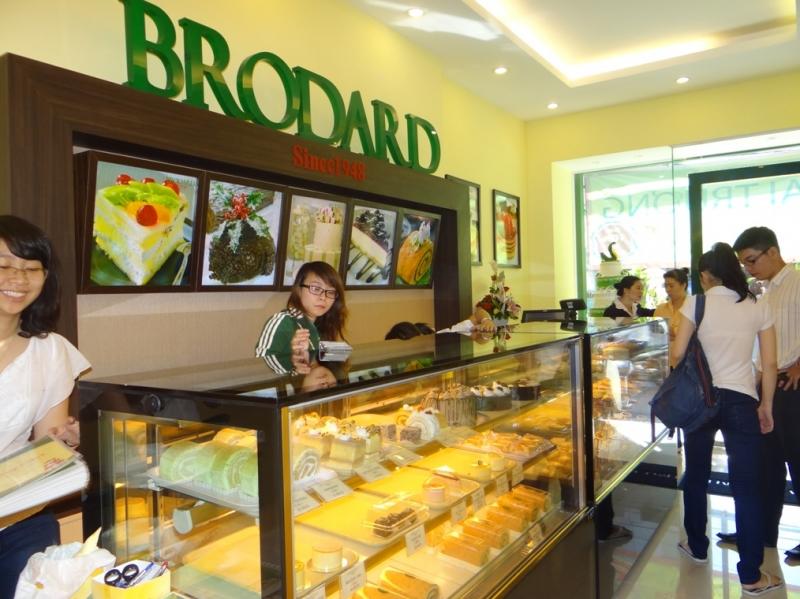Cửa hàng Brodard Bakery