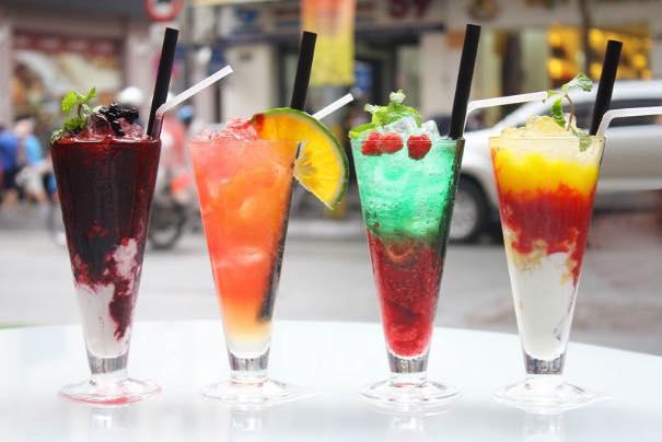 Đồ uống được trang trí đẹp mắt,hấp dẫn mọi ánh nhìn