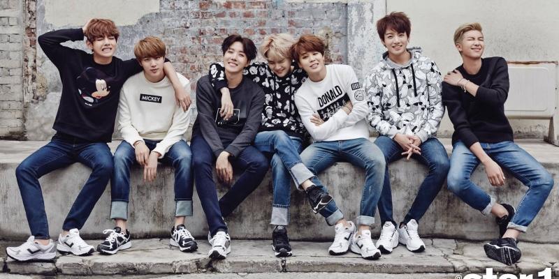 BTS đã giành chiến thắng ở hạng mục Top Social Artist Award tại lễ trao giải âm nhạc Billboard Music Award 5/2017