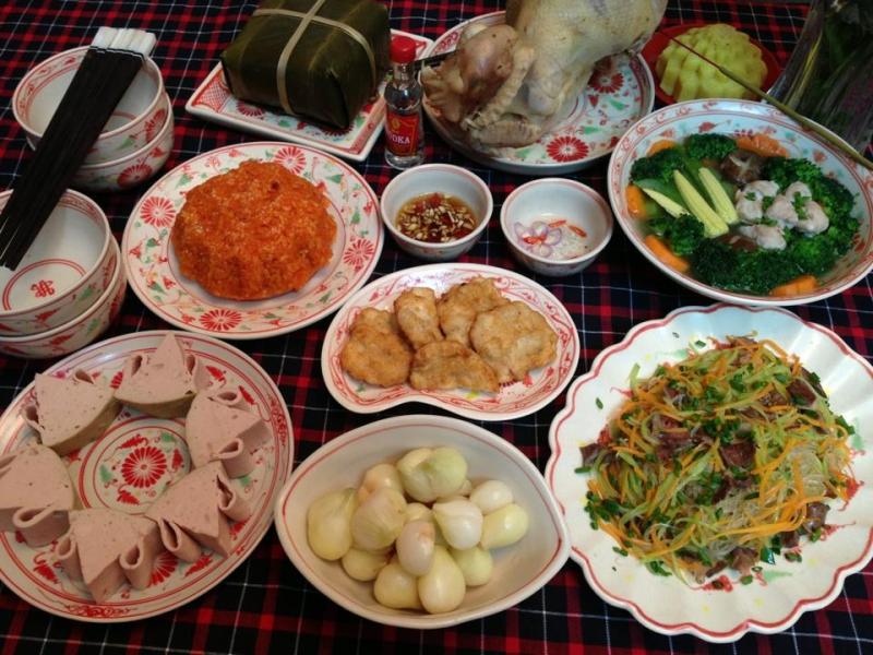 Bữa cơm tất niên ngày Tết